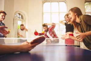 Benefits-of-playing-table-tennis-happy-friends